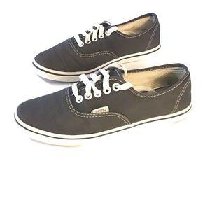 Vans gray canvas sneakers. 7